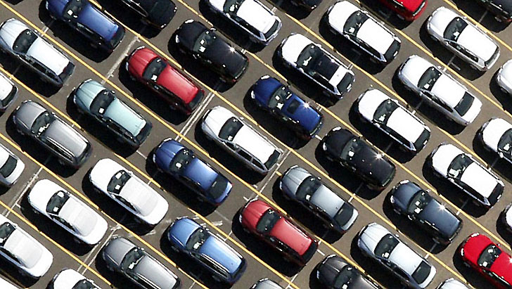 Automobile: contro la crisi i compro auto in contanti